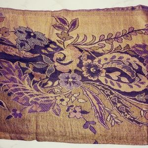 Cejon scarf tapestry looking royal purple